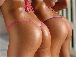 При анальном сексе женщины испытывают маточный оргазм